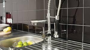 4 astuces de grand mère pour nettoyer le carrelage