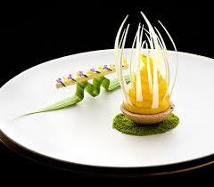 dressage des assiettes en cuisine sculpture ou nourriture beau ou bon visions gourmandes