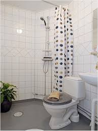 Best Paint Color For Bathroom Walls by Small Apartment Bathroom Decorating Ideas On A Budget Beautiful