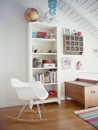 chaise a bascule eames chaise bascule eames on decoration d interieur moderne 17 best