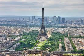 Paris The City Of Lights Is Most Romantic In World Its Also Known As Magnetic Each Year This