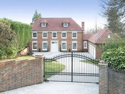 100 Oxted Houses For Sale Savills Icehouse Wood Surrey RH8 9DW Properties For Sale