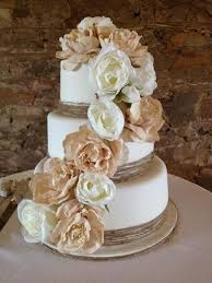 Beautiful Country Style Wedding Cake Put Some Blue In There And Its Perfect