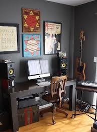 Thomas Stephanies Comfortably Modern Home