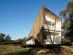 100 Unique House Architecture Sharp Edges Define The Geometric House By Veronica Arcos