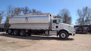 100 Feed Truck