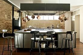 cuisine avec grand ilot central cuisine industrielle 43 inspirations pour un style industriel