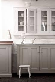 Gel Stain Cabinets White by Best 25 White Glazed Cabinets Ideas On Pinterest Glazed Kitchen