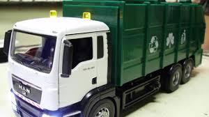 100 Diecast Garbage Trucks Custom MAN TGS 26480 Diecast Garbage Collection Truck Model With