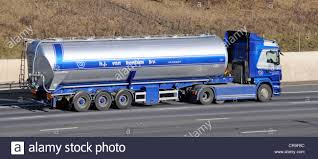 HJ Van Bentum Bv Transport Company Bulk Powder Tanker Trailer And ... Ngulu Bulk Carriers Home Transportbulk Cartage Winstone Aggregates Stephenson Transport Limited Typical Clean Shiny American Kenworth Truck Bulk Liquid Freight Cemex Logistics Cement Powder Transport Via Articulated Salo Finland July 23 2017 Purple Scania R500 Tank For Dry Trucking Underwood Weld Food January 5 White R580 March 4 Blue Large Green Truck Separate Trailer Transportation Stock Drive Products Equipment