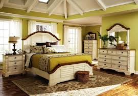 Distressed White Bedroom Furniture by Distressed Bedroom Furniture Turquoise Distressed Queen