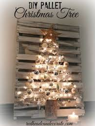 DIY Pallet Christmas Tree By Redhead Can Decorate