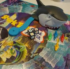 2004 Milton Bradley Shark Tale Attack Board Game