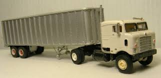 Bullnose KW Sleeper Cab Truck Resin Cast Kit 1/87 By Don Mills ...
