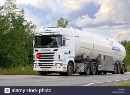 Gas Tanker Lorry Stock Photos & Gas Tanker Lorry Stock Images - Alamy Semi Trucks Natural Gas Electric Heavyduty Available Models Fuel Efficient Heavy Travels Lng Eesti Gaas Compressed Natural Gas Trucks In The General Mills Fleet A Taste Our Nations Soon To Be Running On Liquefied Hidrolik Pgendalian Transportasi Trailer Untuk Alam Cair Best Truck Manufacturer Battle Freightliner Vs Kenworth Volvo Ups Ordering 400 Cng From Medium Alternative Fuels Data Center How Do Vehicles Work Basics 101 What Contractors Need Know About And