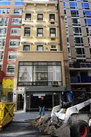100 Five Story New York S Holdouts Old Buildings That Never Sold Out To