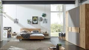 interliving schlafzimmer serie 1015 komplettzimmer 1003 sienafarbenes mattglas wildeiche vierteilig sechstürig