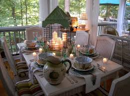 Summer Dining on the Porch
