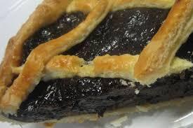 dessert aux pruneaux facile et encore une specialite la tarte aux pruneaux la cuisine