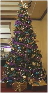 How To Decorate Christmas Tree With Ribbon New Criss Cross Ribbons On A
