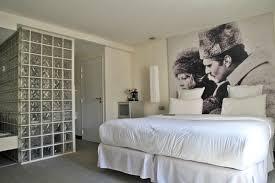 100 Kube Hotel Murano Paris Guestroom Paris