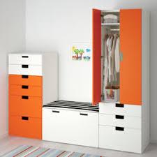 ikea chambres enfants rangement pour chambre enfant avec des caisses en bois pour