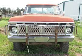 100 1976 Ford Truck F250 Flatbed Pickup Truck Item J4842 SOLD Aug