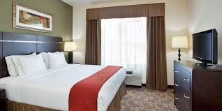 Holiday Inn Express & Suites Topeka North Hotel by IHG
