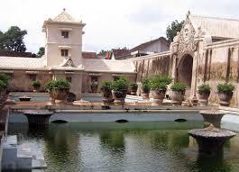 Keraton Yogyakarta Arsitektur Khas Nusantara Yang Sarat Dengan Nilai Budaya