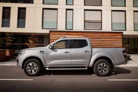 Renault Alaskan Pickup Review - French Version Of The Nissan Navara ...