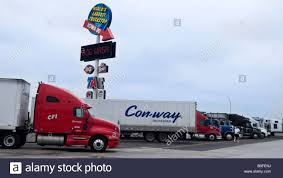 Trucks Parked Worlds Largest Truck Stop Iowa 80 Walcott Iowa USA ...