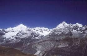 mountain ranges of himalayas himalaya mountain range nepal picture of pokhara gandaki zone