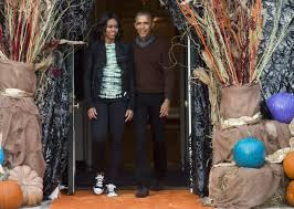 Mom Takes Candy From Kids by President Obama Couldn U0027t Handle This Kid U0027s Adorable Pope Halloween
