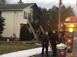 Christmas Tree Shop Manchester Ct by Man Rescues Neighbor From Burning House On Christmas Eve Wfsb 3