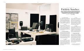 cr r un post it sur le bureau presse studio frederic