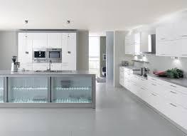 meubles cuisine design cuisine moderne blanche avec éclairage design