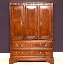 Drexel Heritage Armoire : EBTH Stunning Oak Jewelry Armoire Med Art Home Design Posters Drexel Heritage Accolade Campaign Style Ebth Drexel Heritage Ii 38 Chest Of Drawers Two Tables And A Transformation 62 Off 7drawer Wood Dresser Hooker Fniture Accsories French 050757 Vintage Faux Bamboo Cabinet With Pull Out Provincial Chairish Woodbriar Pecan Grand Villa Regency