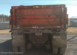 100 Midwest Truck Equipment 1989 Ford L8000 Dump Truck Item BU9908 SOLD May 25 Cons