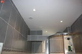 faux plafond d une salle de bain menuiserie image et conseil