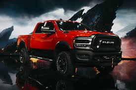 100 Fiat Pickup Truck Deepens SUV Bet With 45 Billion For Jeep Ram Plants Bloomberg