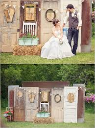 I Like The Rustic Feel Of Doors As A Backdrop This Looks Really Neat