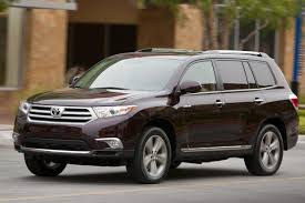 2014 Toyota Highlander Captains Chairs by 2013 Vs 2014 Toyota Highlander What U0027s The Difference Autotrader