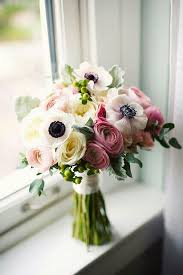 Beautiful Bouquet White Anemones White English Garden Roses