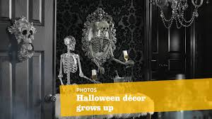 Grandin Road Halloween Catalog by Halloween Decor Can Be Scary Yet Sophisticated Here U0027s How La