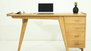 bureau teck massif bureau design en teck massif naturel avec 4 tiroirs