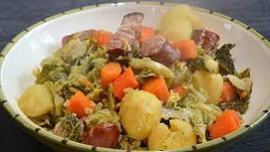 cuisiner chou frisé chou vert aux saucisses