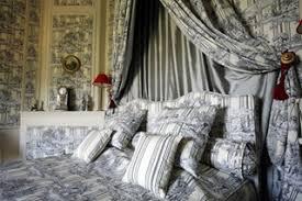 chambre toile de jouy chambres d hôte bed breakfast château de la barben la barben