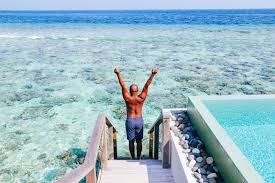 100 Dusit Thani Maldives Arrival At The In The Hand Luggage Only