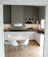 cuisine taupe quelle couleur pour les murs meuble cuisine couleur taupe stayrebels info