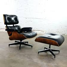 Vintage Eames Lounge Chair And Ottoman Rosewood Eames Lounge Chair By Herman Miller And Vitra Fniture Black Leather Swivel Replica With Charles Dark Brown White Icf For Vintage Lounge Chair 60s Style Stool Original Model Rare 670 Ottoman 671 Cognac And Polished Sides Black Rosewood Classic Ea670